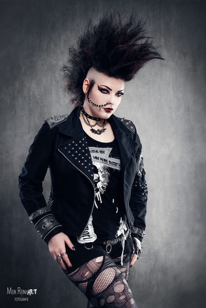 Gatto Nero Katzenkunst Trad Goth Look World Gothic Models