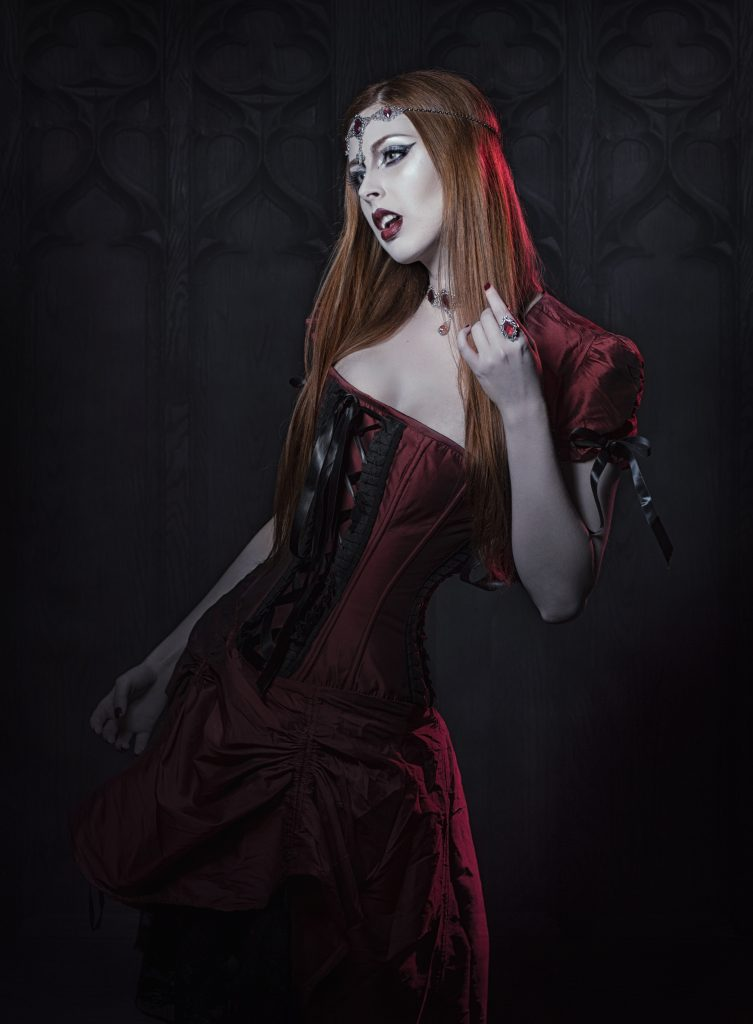 Estela Naiad Vamp Goth Lady World Gothic Models