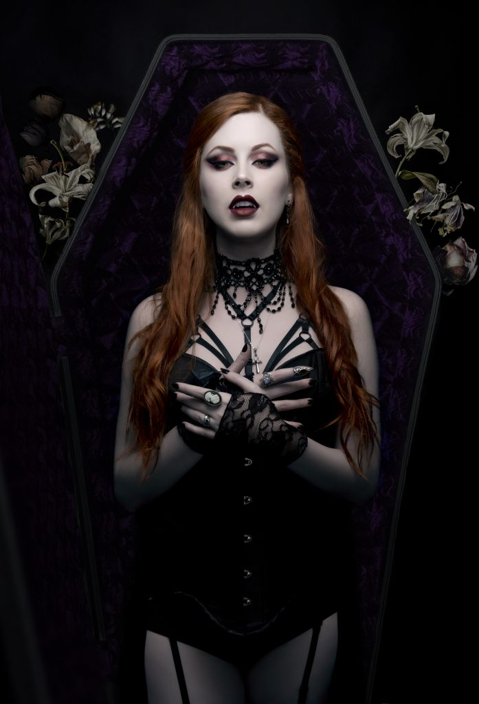 estela naiad vampire coffin goth world gothic models