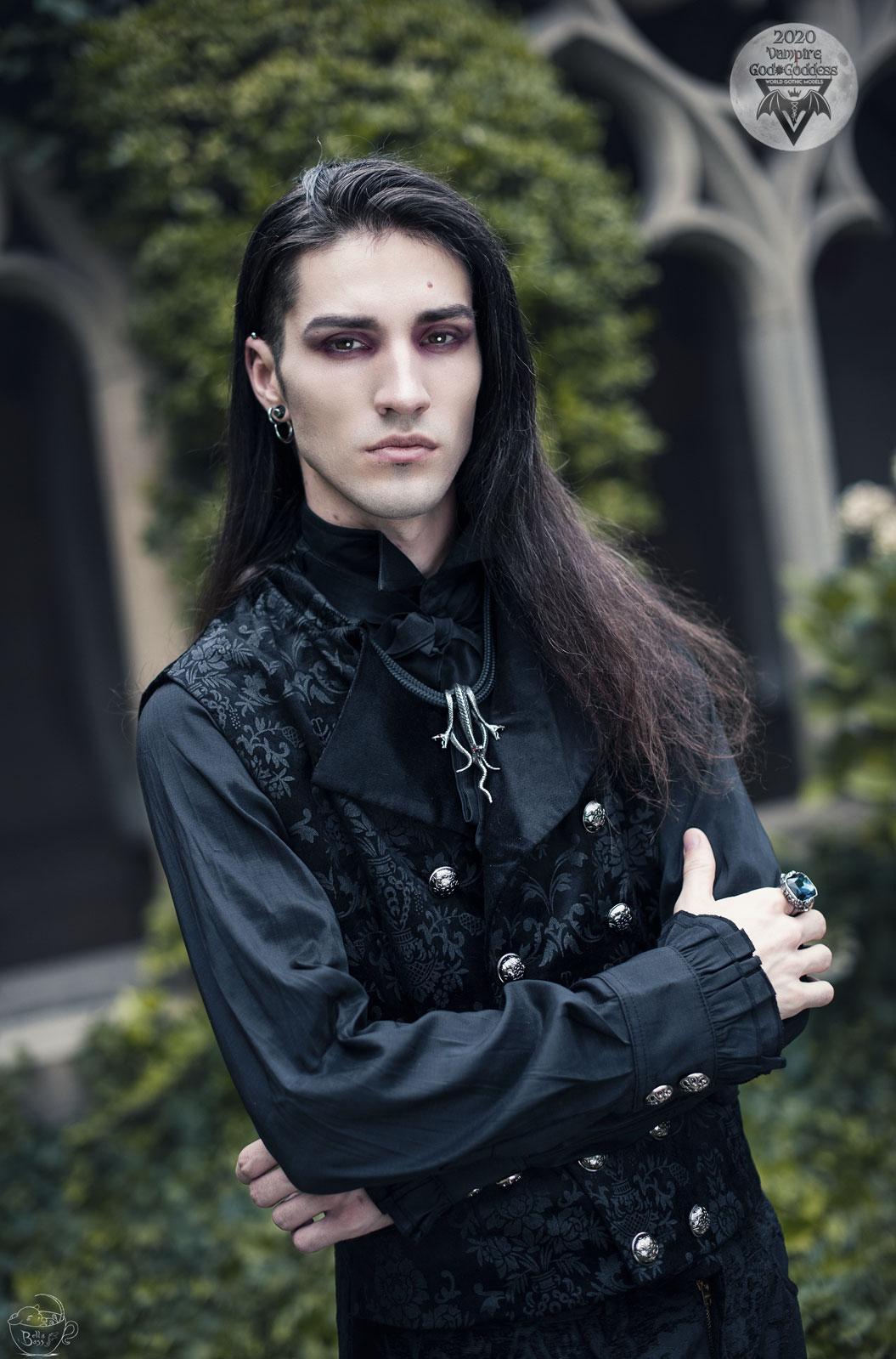 20. Nicolas Humpisch / Dark Wolf Model, France